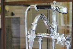 Claw-Bathtub-Faucet-Installed