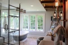 Custom-Claw-Tub-&-Enclosed-Shower