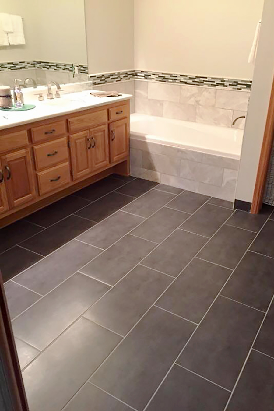 Bathroom Remodeling Gallery | Lake to Lake Construction