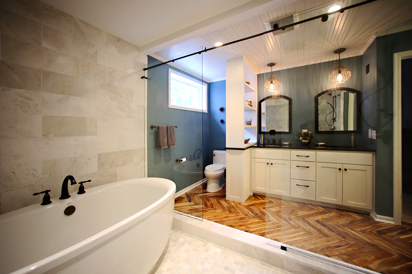 Beachy coastal bath gallery lake to lake construction for Full bathroom remodel