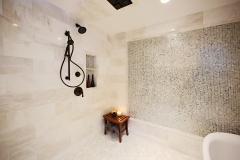 Walk-In-Shower-&-Bathtub-Tiled