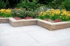 Flower-Bed-Retaining-Wall
